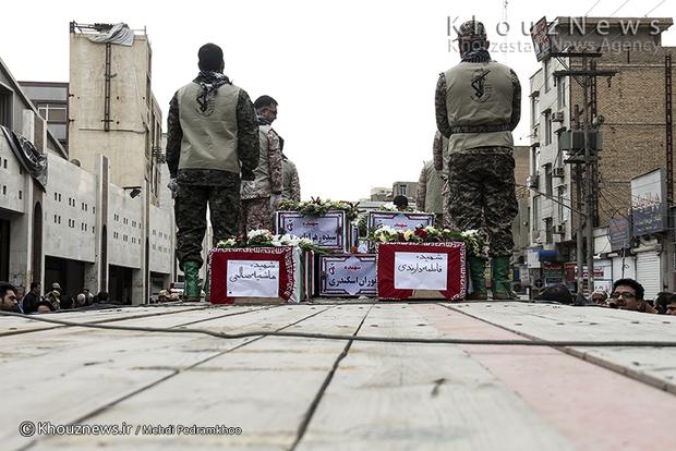 تصاویر / مراسم تشییع و استقبال از شهدای حادثه تروریستی حله عراق در اهواز