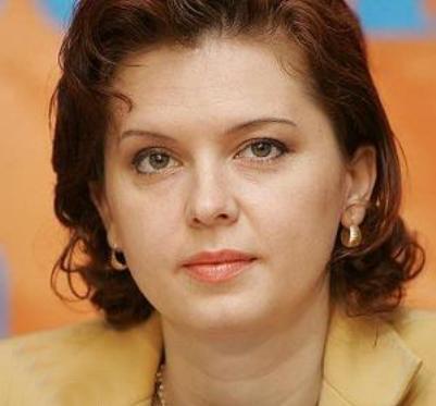 روبرتا آنستانسی -دیروز ملکه زیبایی، امروز رئیس مجلس- خوزنیوز