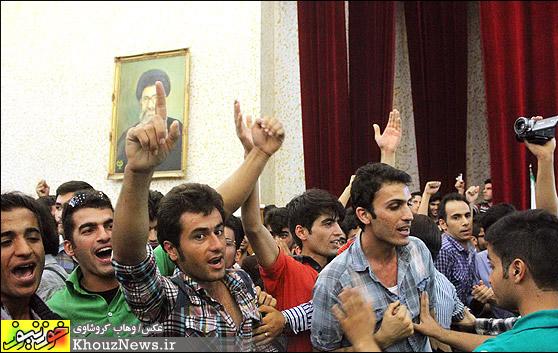 نشست جنجالی کواکبیان با دانشجویان اهواز