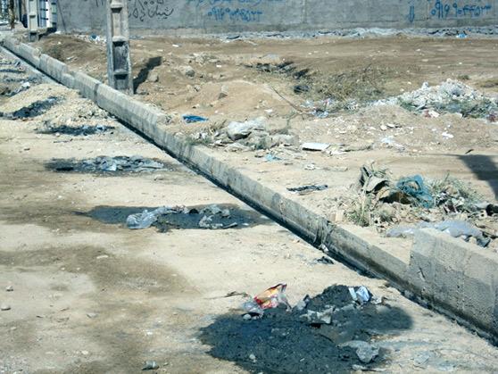 وضعیت نامناسب دفع فاضلاب شهر شیبان