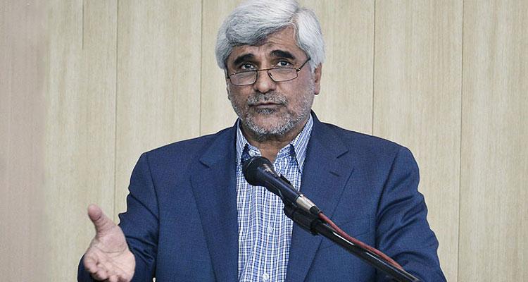 وزیر علوم در اهواز: از واگذاری مخازن نفتی به 9 دانشگاه خیلی خبر ندارم!/چهار هزار ردیف استخدامی گم شده است!