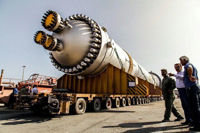ورورد اولین قطعه فوق سنگین مبدل واحد امونیاک شرکت صنایع پتروشیمی زیلایی به کشور
