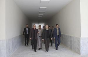 رئیس سازمان برنامه و بودجه استان خوزستان از پروژه زندان آبادان بازدید کرد