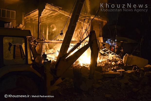 تصاویر / انفجار شدید گاز و آتش سوزی در منطقه باغ شیخ اهواز