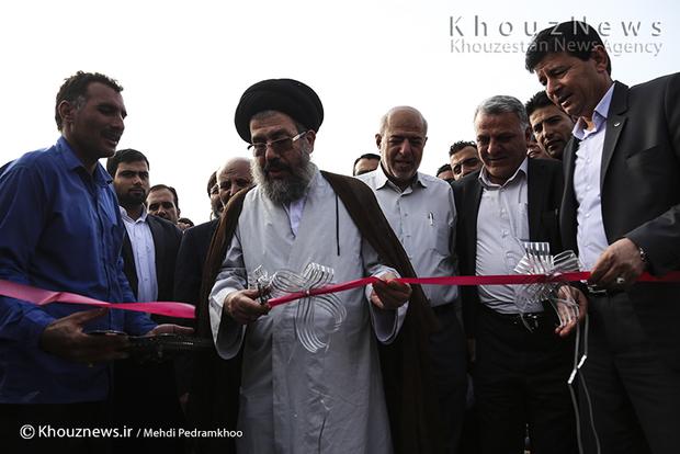 تصاویر / بهره برداری از 10 پروژه با حضور وزیر نیرو در خوزستان