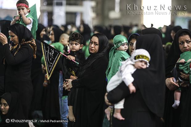 تصاویر / مراسم شیرخوارگان حسینی در مصلی امام خمینی شهر اهواز