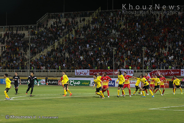 تصاویر/ دیدار تیم های فولاد خوزستان و سپاهان اصفهان / 2